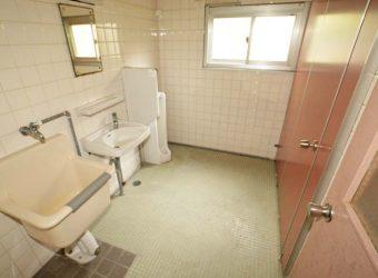 一階のトイレ。
