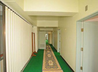 二階の廊下。